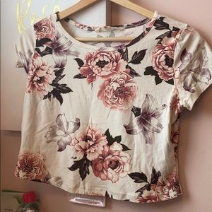 super soft pink floral cropped t-shirt